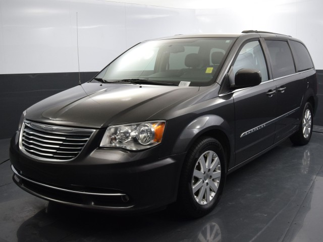 Used 2016 Chrysler Town & Country