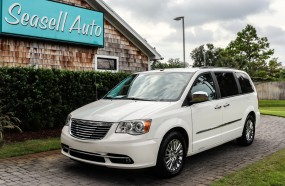 2011 Chrysler Town & Country Limited in Wilmington, North Carolina