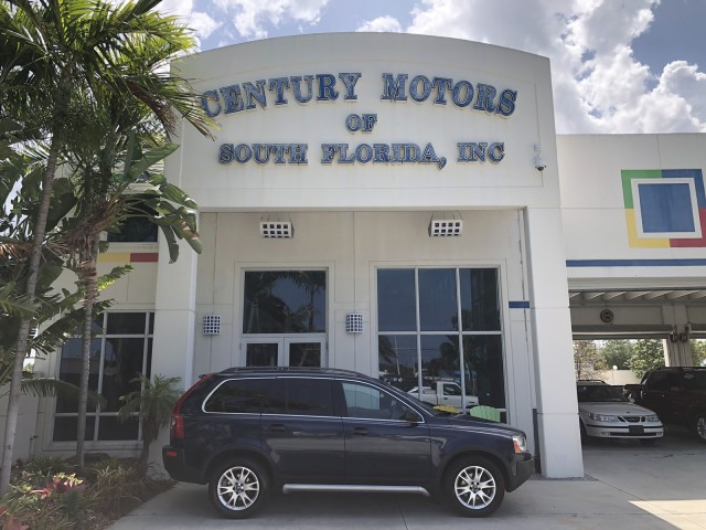 2004 Volvo XC90 1 Owner All Wheel Drive Leather 3rd Row 7 Passenger in pompano beach, Florida