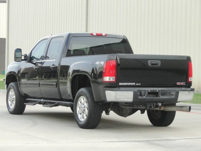 2012 GMC Sierra 3500HD SRW SLT 4x4 in Houston, Texas
