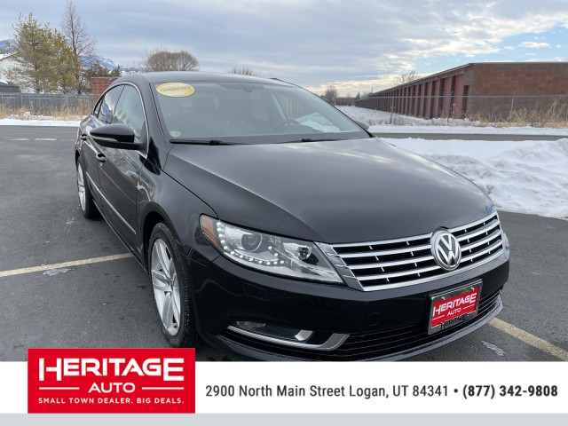 Pre-Owned 2014 Volkswagen CC R-Line