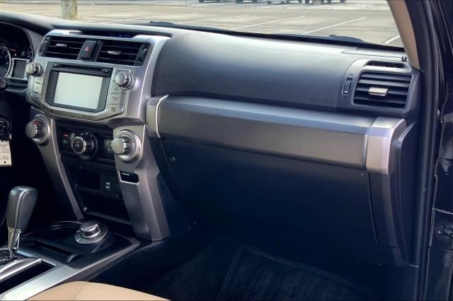 Certified Pre-Owned 2018 Toyota 4Runner SR5 Premium 4WD (Natl)