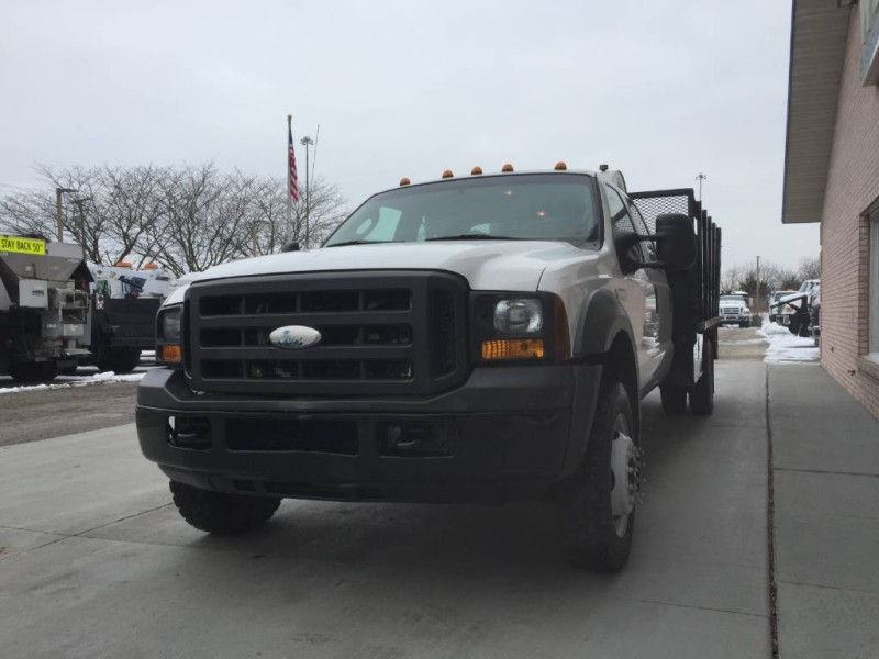2005 Ford F-450 Stake Bed