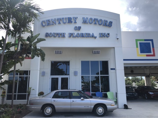 1996 Buick Park Avenue LEATHER LOW MILES in pompano beach, Florida