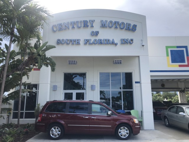 2008 Chrysler Town & Country 25 SERV Limited 1 OWNER FL in pompano beach, Florida