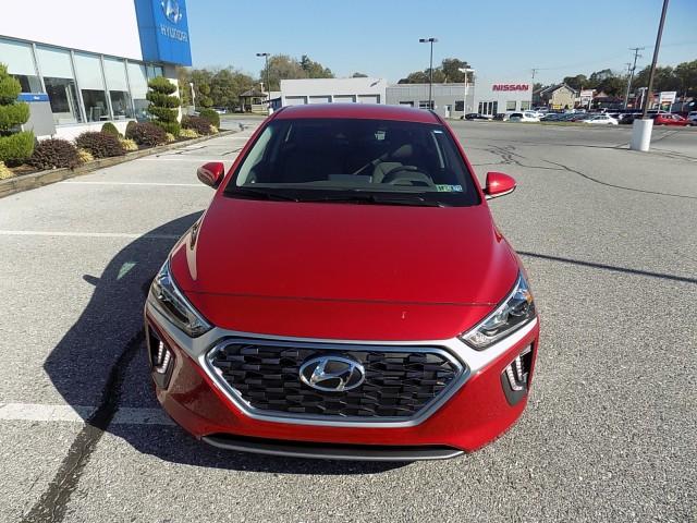 2022-Hyundai-Ioniq-Hybrid