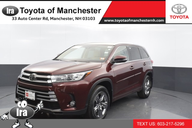 Certified Pre-Owned 2018 Toyota Highlander Limited Platinum w/ PANORAMIC SUNROOF