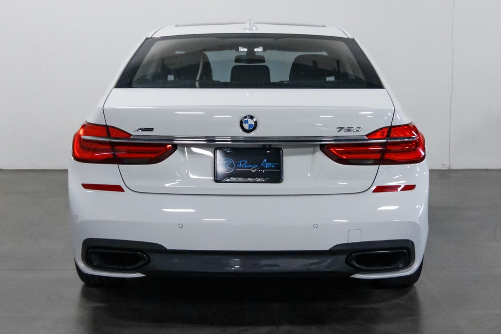 Pre-Owned 2018 BMW 7 Series 750i xDrive M-Sport ExecutivePKG MSportPKG Htd/ACMassageSeats DriveAssist BackUpCam