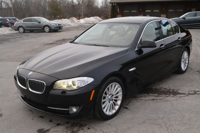 Used 2013 BMW 5 Series 528i xDrive Sedan for sale in Geneva NY