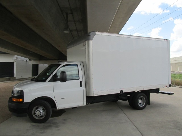 2020 Chevrolet Express Commercial Cutaway 3500  in Farmers Branch, Texas