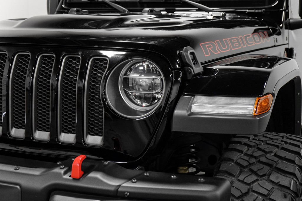 Pre-Owned 2019 Jeep Wrangler Unlimited Rubicon LIFTED BackUpCam AlpineSound TowPKG KeylessStart RemoteS