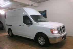 2013 Nissan NV S in Carlstadt, New Jersey