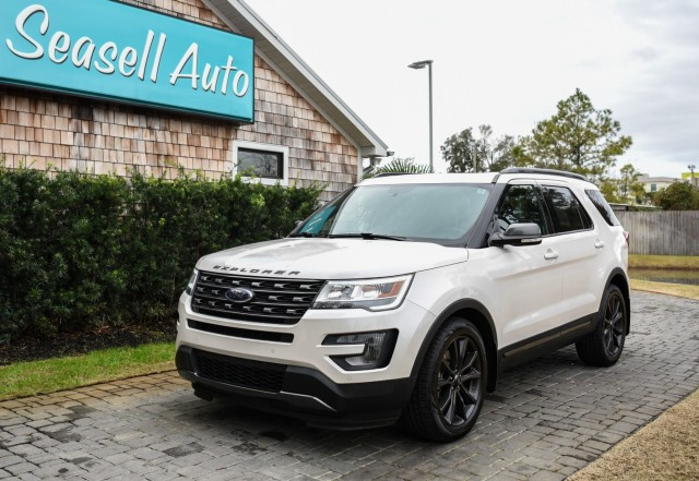 2017 Ford Explorer XLT in Wilmington, North Carolina