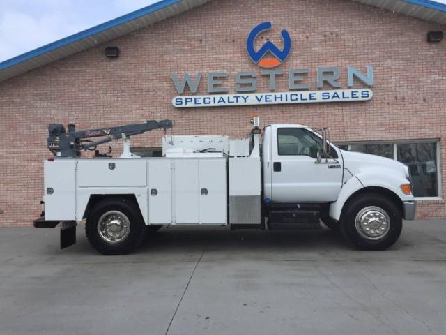 2011 Ford F-750 Mechanics Truck