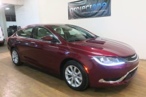 2015 Chrysler 200 C in Carlstadt, New Jersey