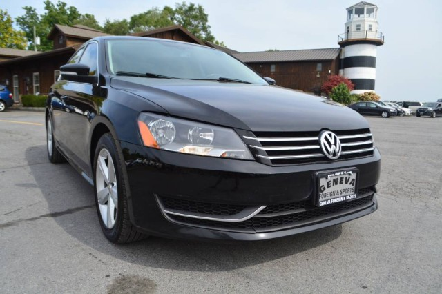 Used 2013 Volkswagen Passat SE w/Sunroof Sedan for sale in Geneva NY