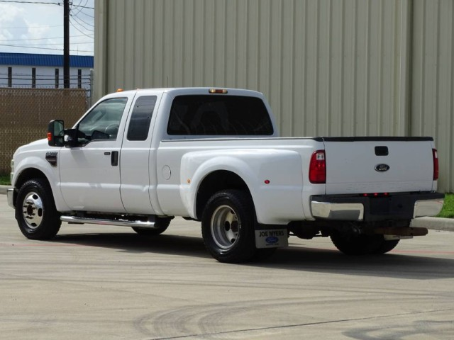 2008 Ford Super Duty F-350 DRW XLT in Houston, Texas