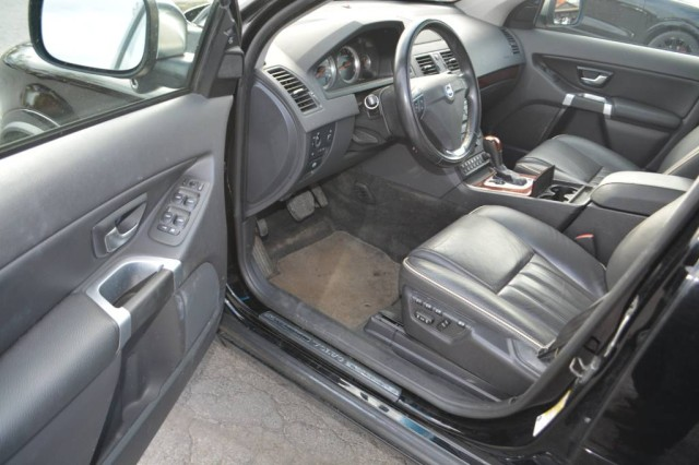 Used 2013 Volvo XC90 Premier Plus SUV for sale in Geneva NY