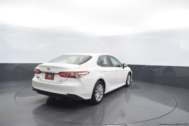 Certified Pre-Owned 2018 Toyota Camry LE w/ RADAR CRUISE
