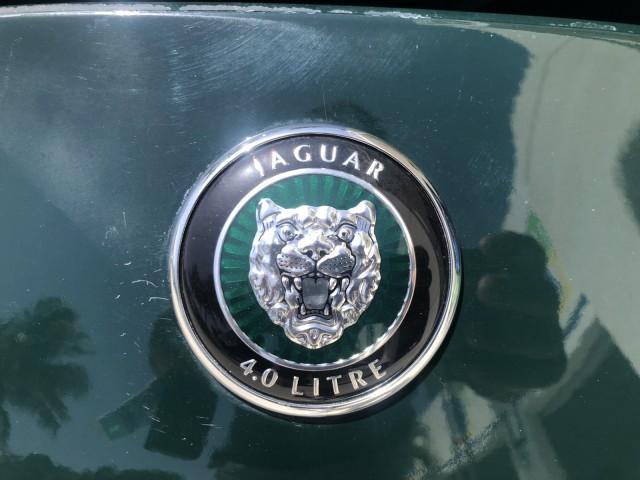 1998 Jaguar XK8 CONV BRITISH RACING GREEN LOW MILES 34,727 MILES in pompano beach, Florida