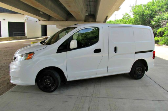 2017 Nissan NV200 Compact Cargo SV in Farmers Branch, Texas