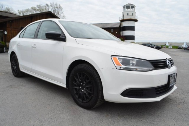 Used 2013 Volkswagen Jetta Sedan S Sedan for sale in Geneva NY