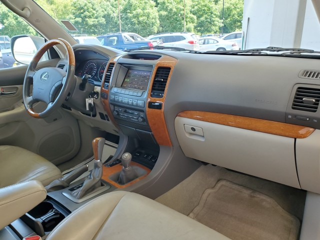 Pre-Owned 2004 Lexus GX 470