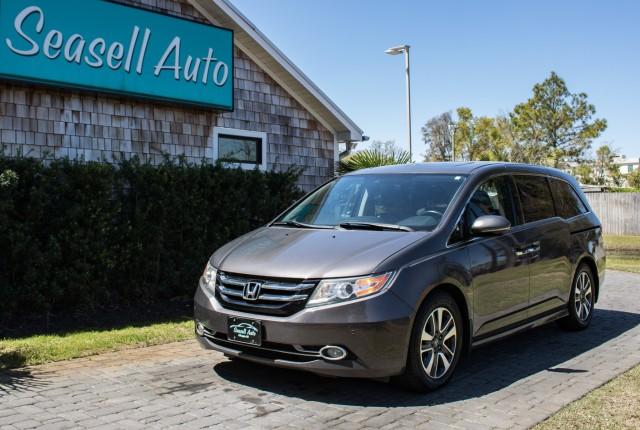 2014 Honda Odyssey Touring in Wilmington, North Carolina