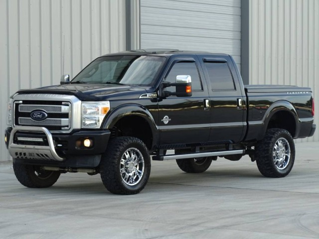 2013 Ford Super Duty F-250 SRW Platinum 4x4 in Houston, Texas