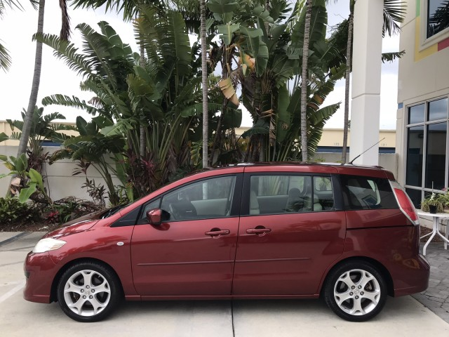 2008 Mazda Mazda5 Touring 2-Owner Clean CarFax Warranty in pompano beach, Florida