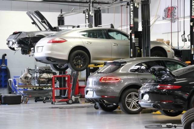 Pre-Owned 2019 Porsche Cayenne S