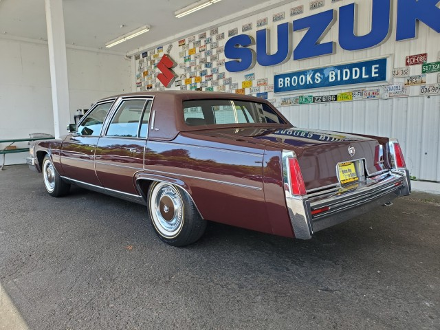 Pre-Owned 1977 Cadillac Fleetwood Brougham