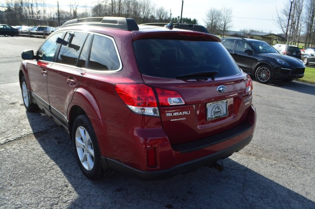Used 2014 Subaru Outback 2.5i Premium Sedan for sale in Geneva NY