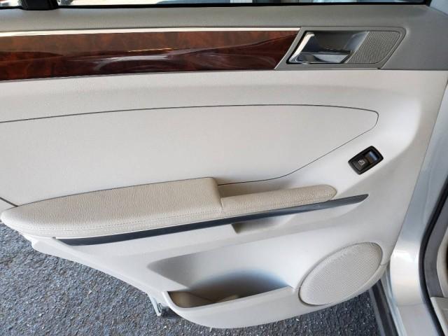 Pre-Owned 2006 Mercedes-Benz M-Class 3.5L