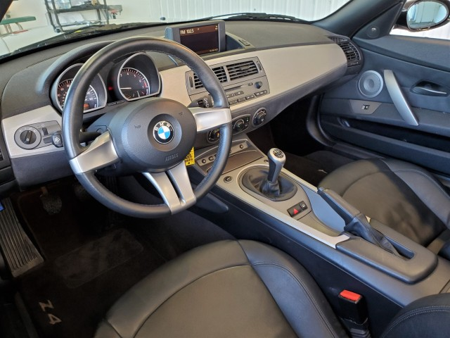 Pre-Owned 2003 BMW Z4 3.0i