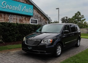 2012 Chrysler Town & Country Touring in Wilmington, North Carolina