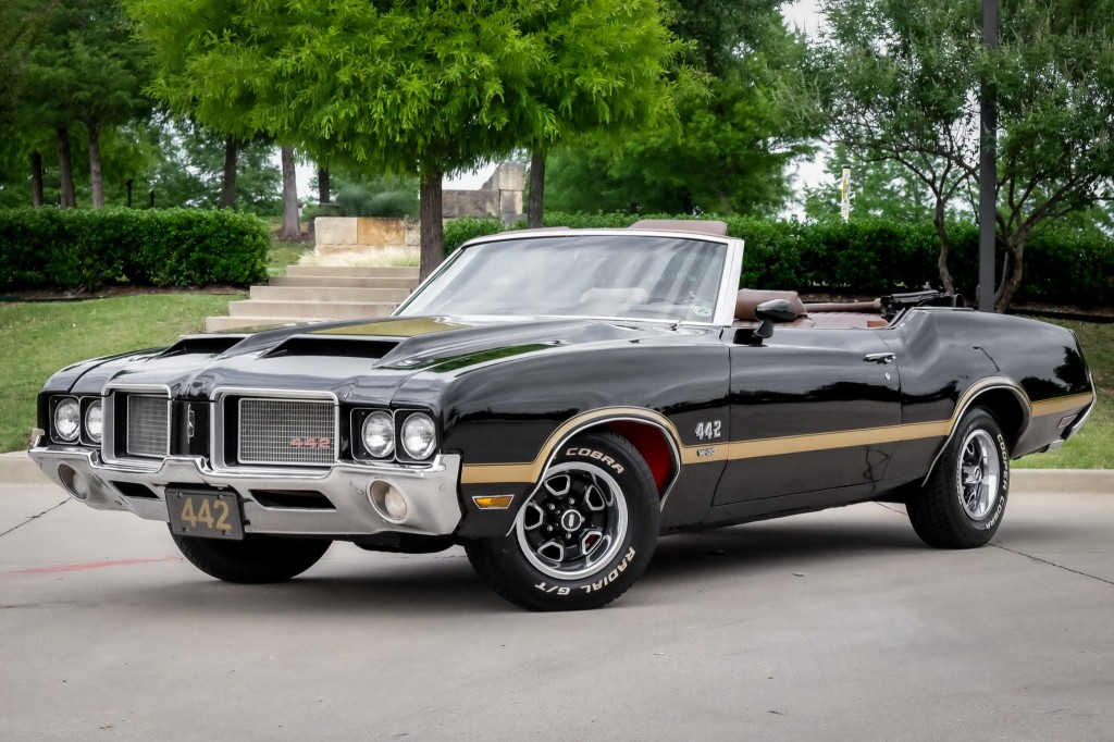 Pre-Owned 1972 Oldsmobile Cutlass 442 Convertible 16K MILES Clean Carfax & Autocheck Reports Collectible