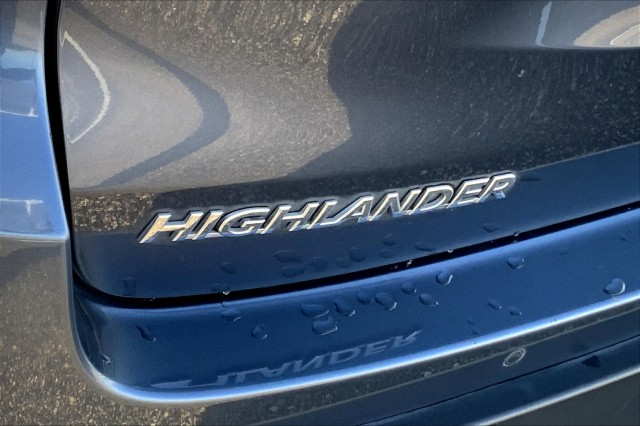 Certified Pre-Owned 2019 Toyota Highlander Limited V6 FWD (Natl)