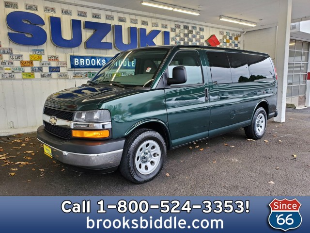 Pre-Owned 2010 Chevrolet Express Passenger LT