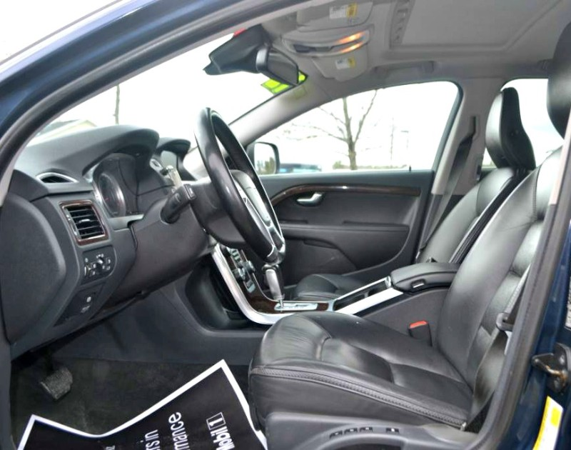 2012 Volvo XC70 3.0L T6 in Wiscasset, ME