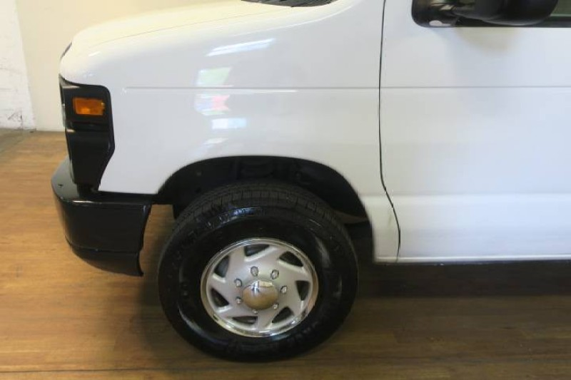 2014 Ford Econoline Cargo Van Commercial in Carlstadt, New Jersey