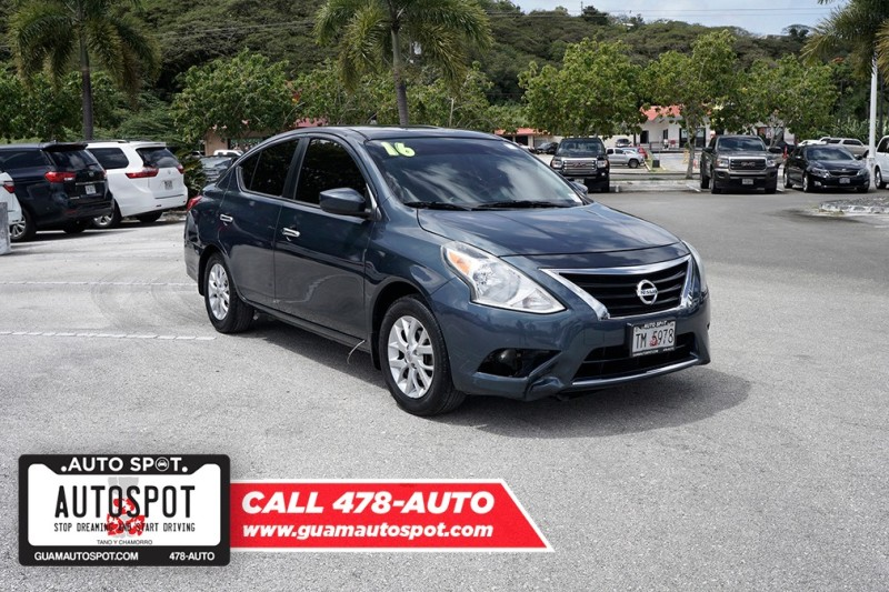 Pre-Owned 2016 Nissan Versa S