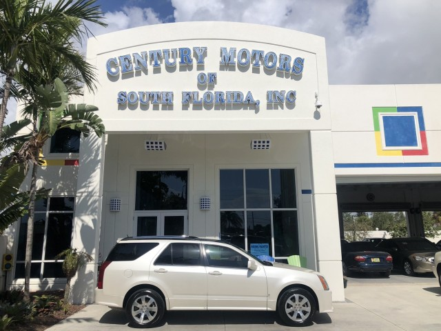 2008 Cadillac SRX PEARL WHITE SUNROOF LOADED LOW MILES AWD in pompano beach, Florida