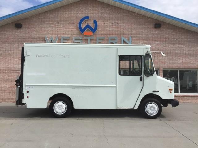 2003 Freightliner P500 Step Van