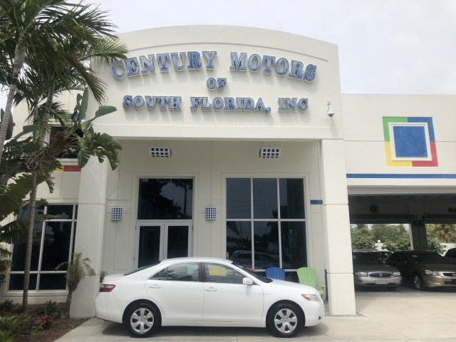 2007 Toyota Camry WARRANTY LE LOW MILES 15,497 in pompano beach, Florida