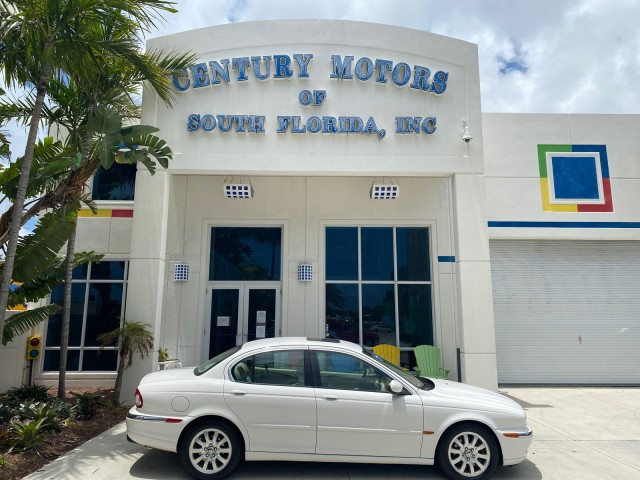 2003 Jaguar X-TYPE 2.5L Auto, v6, VERY LOW MILES, 2 owner, leather, sunroof in pompano beach, Florida