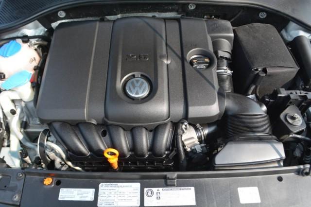 Used 2012 Volkswagen Passat SE w/Sunroof & Nav PZEV Sedan for sale in Geneva NY