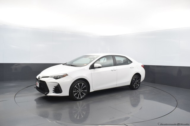 Certified Pre-Owned 2018 Toyota Corolla SE w/ BACKUP CAMERA
