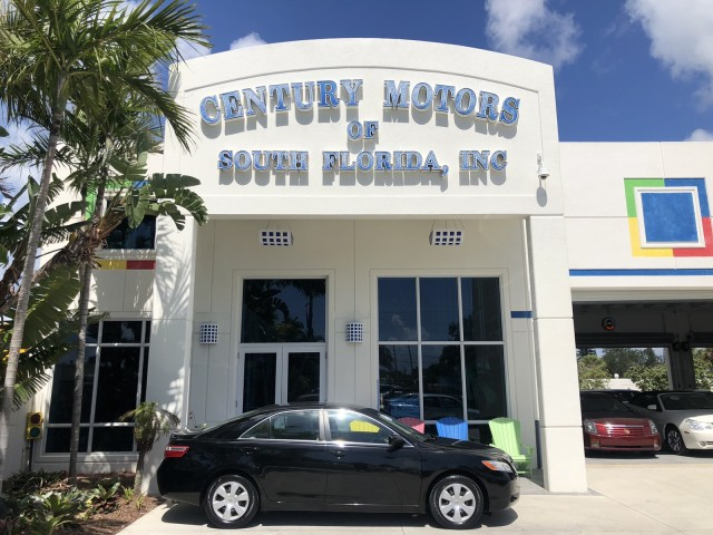 2007 Toyota Camry LE 1 OWNER LOW MILES LEATHER in pompano beach, Florida