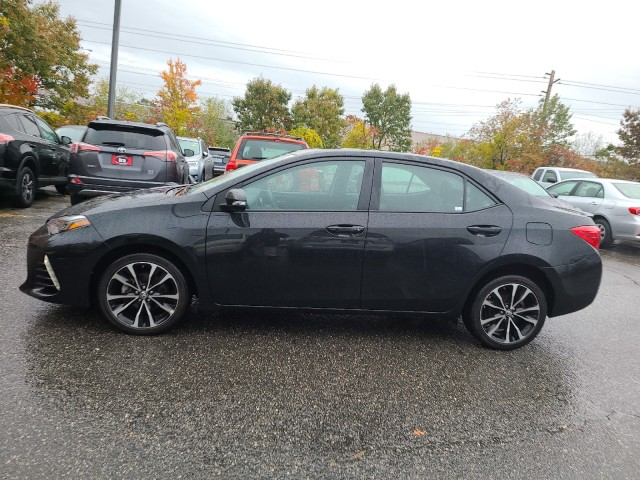 Certified Pre-Owned 2017 Toyota Corolla SE w/ Premium Package!